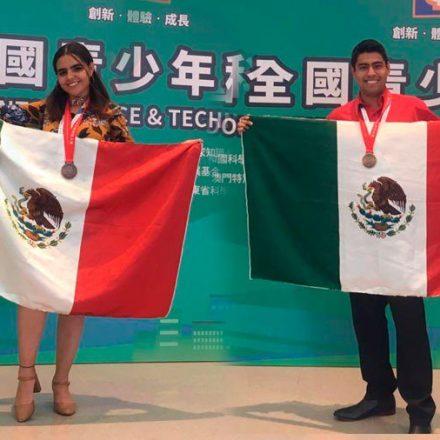 Jóvenes sonorenses obtienen medalla en China