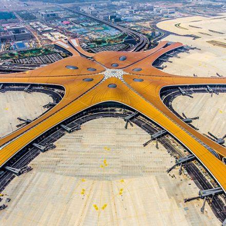 VIDEO: China inaugura el aeropuerto más grande del mundo