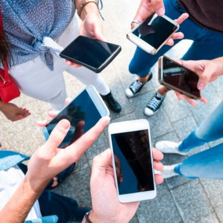 Mexicanos diversifican el uso de smartphones en 2019