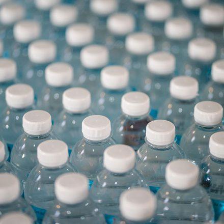Femsa, Arca Continental y GEPP buscan reciclar el 70% de botellas en 2025
