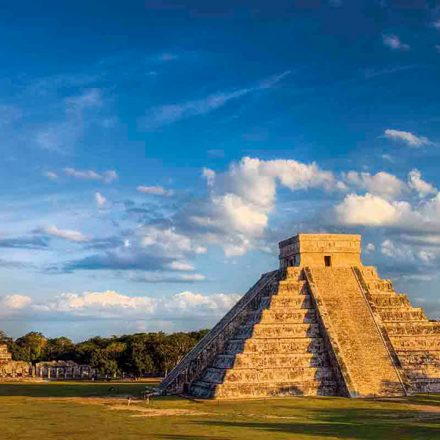 Google digitalizará el patrimonio cultural maya