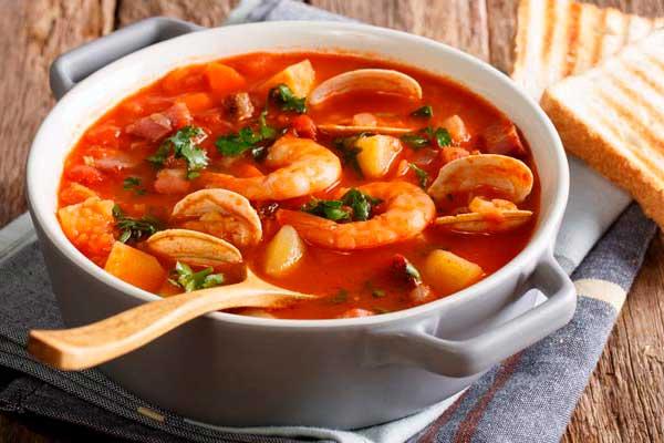 Deliciosa receta nayarita de 'caldo de 7 mares'