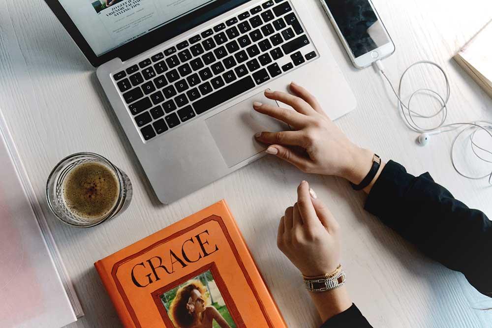 ¿Cómo vender en línea al mercado global?