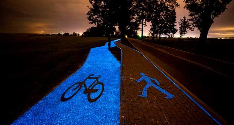 Ciclovía en Polonia luce hermosa de noche gracias a la energía solar