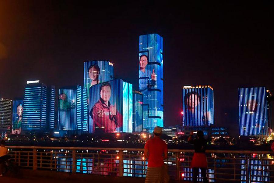Ciudad en China rinde homenaje a trabajadores de la salud que lucharon contra el coronavirus