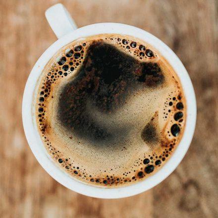 ¿Por qué el aroma del café nos pone de buen humor?