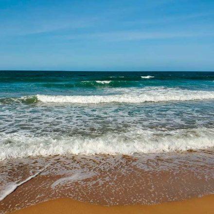 Científicos australianos logran convertir agua de mar en potable utilizando luz solar