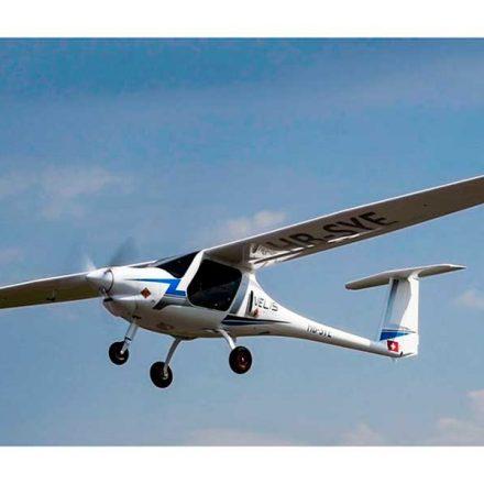Primer avión eléctrico certificado realiza con éxito vuelo de prueba en Suiza