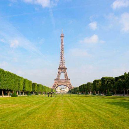"""Francia confía en """"economía verde"""" para la recuperación del país"""