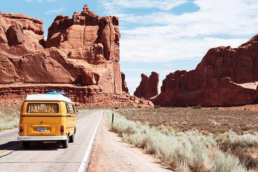 ¿Deseas salir de viaje? Sigue estos consejos ecológicos para lograr más con menos