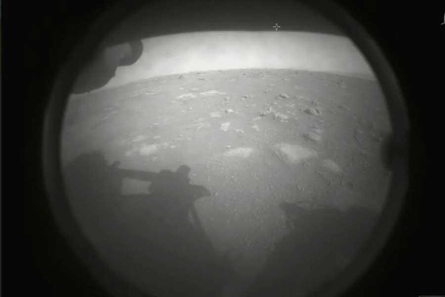 ¡Prueba superada! Perseverance aterriza con éxito y envía su primera imagen de Marte
