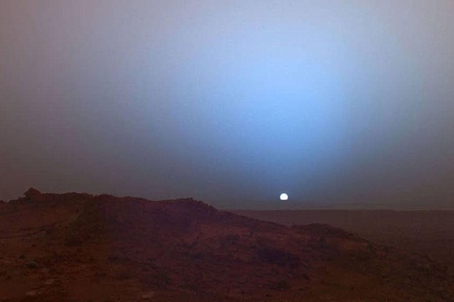 NASA revela a qué hora es el amanecer y atardecer en Marte