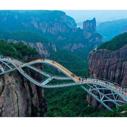 El nuevo puente de China es tan impresionante que ya ha recibido más de 200 mil visitantes