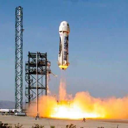 ¡Empaquen sus maletas! Blue Origin iniciará la venta de boletos para turismo espacial