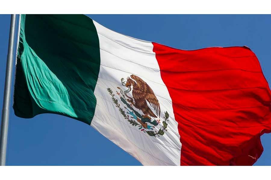 ¿Cómo ha cambiado la Bandera de México a lo largo de la historia?